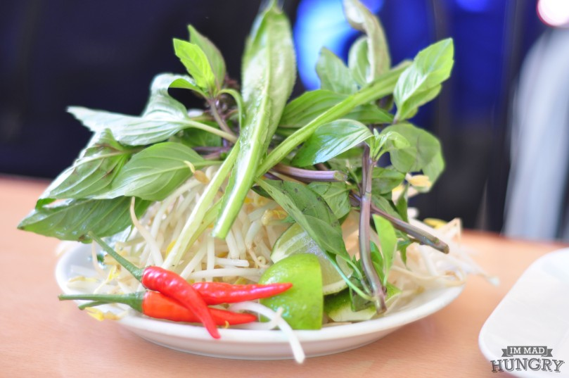 Beansprouts and basil
