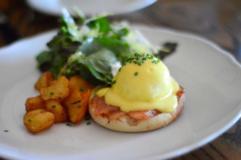 Organic Hen Eggs Benedict  |  $14