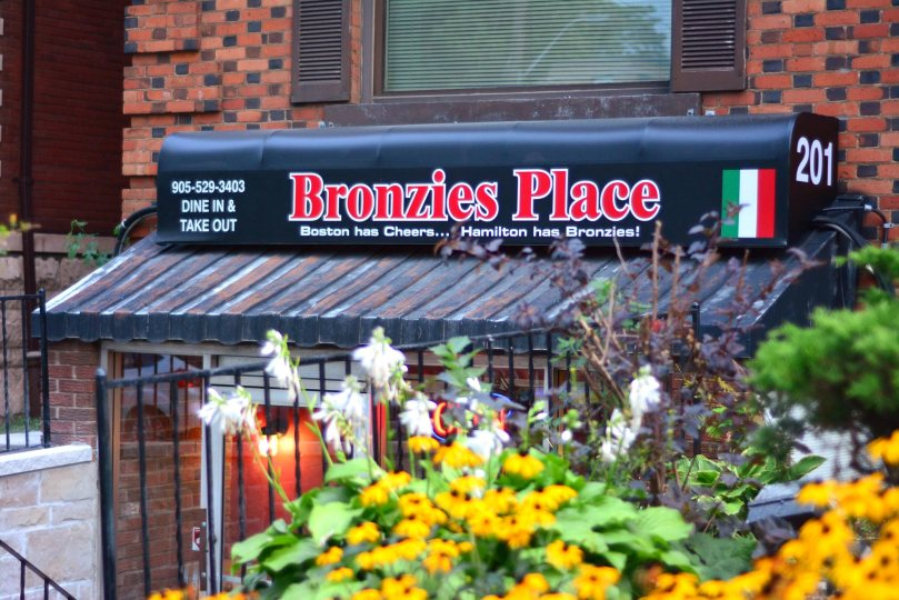 Bronzies Place Storefront